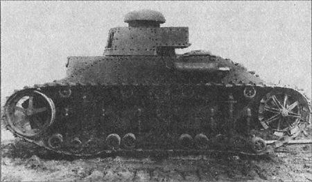 Опытный образец танка Т-19 на испытаниях, 1931 г.