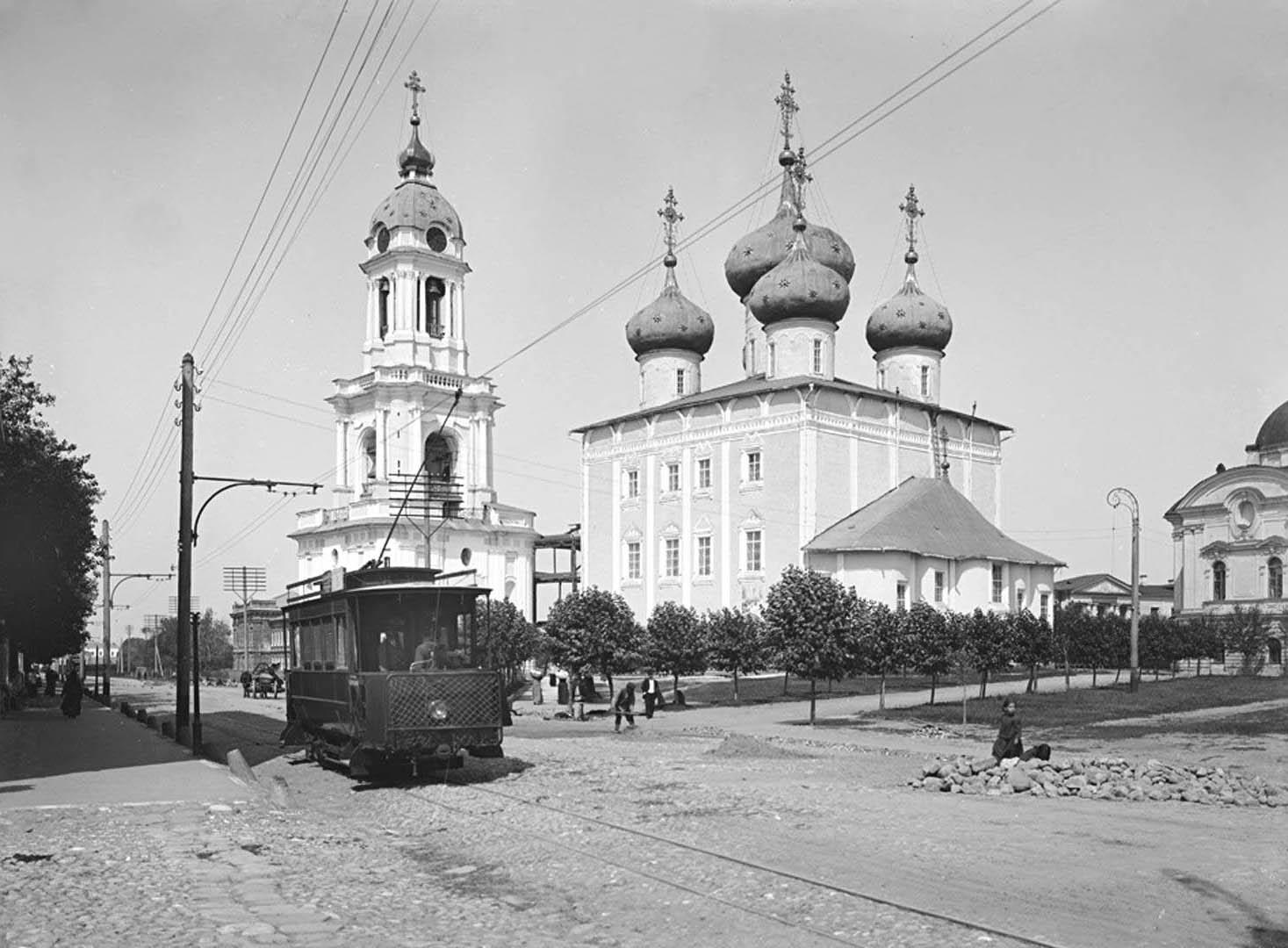 125Общий вид Преображенского собора. 1903 г. г. Тверь