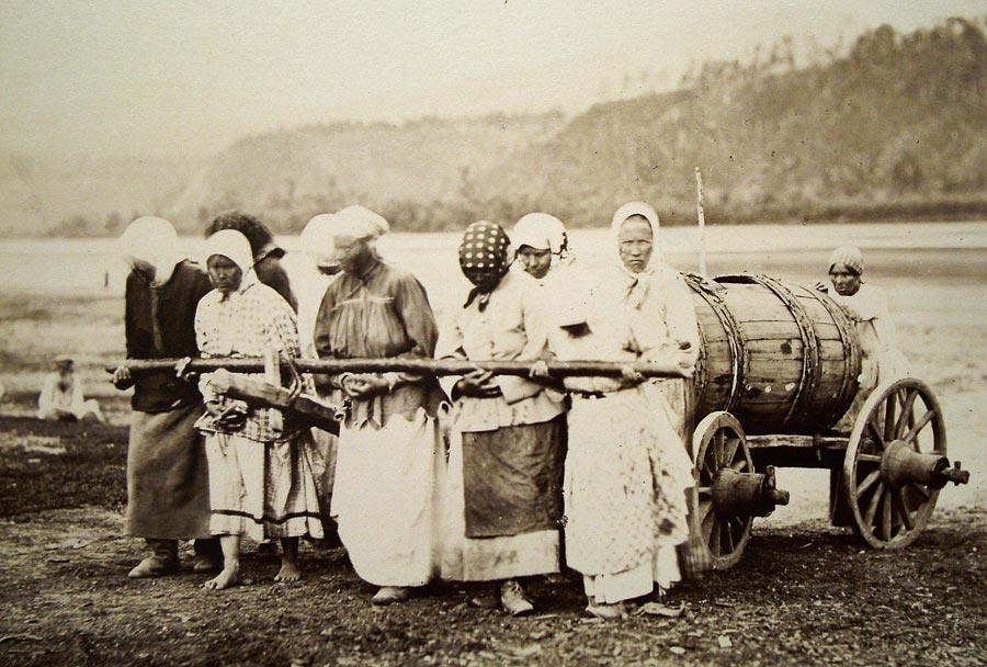 Секс взрослых баб с мальчиками в деревне фото 58-843