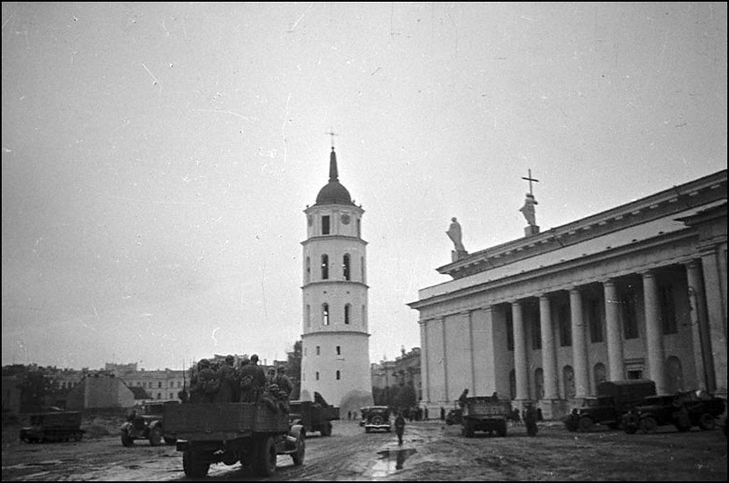 Присоединение Западной Украины и Западной Белоруссии к ...: http://statehistory.ru/4779/Prisoedinenie-Zapadnoy-Ukrainy-i-Zapadnoy-Belorussii-k-SSSR-v-1939-g--Fotografii/